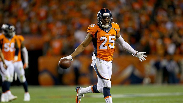 Chris Harris wants a new contract or a trade from the Denver Broncos