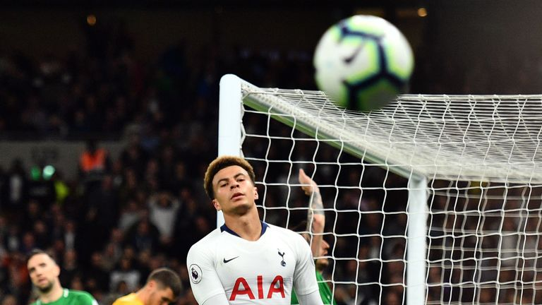 Dele Alli shows his disappointment in Tottenham's match against Brighton