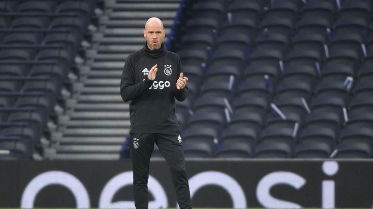 Manajer Ajax Bawa Misi Khusus Menuju Kamp Tottenham