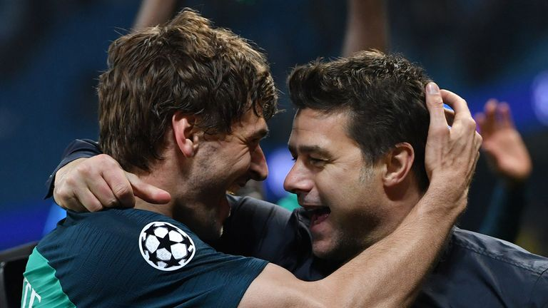 Llorente has a strong bond with Mauricio Pochettino