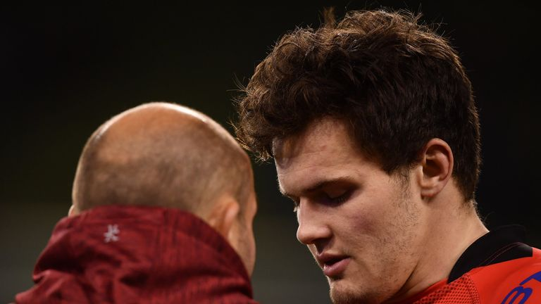 Rory Best consoles Jacob Stockdale after the 21-18 loss to Leinster