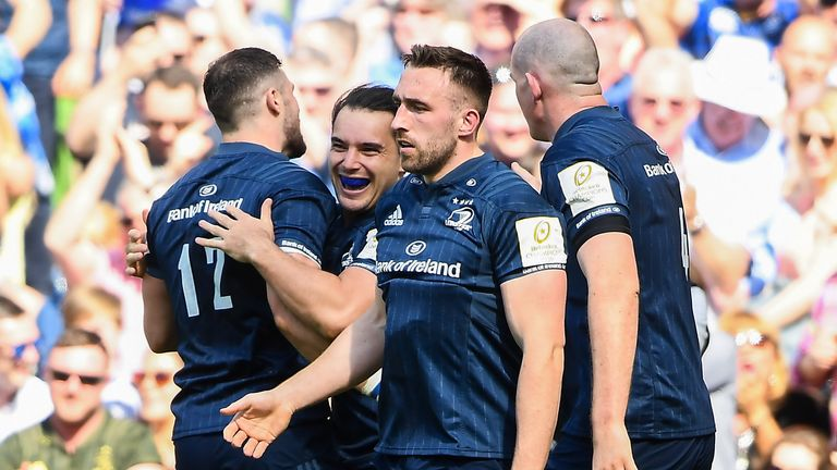 21 April 2019; James Lowe of Leinster, second from left, is congratulated by team-mate Robbie Henshaw, 12, after scoring his side's first try during the Heineken Champions Cup Semi-Final match between Leinster and Toulouse at the Aviva Stadium in Dublin. Photo by David Fitzgerald/Sportsfile