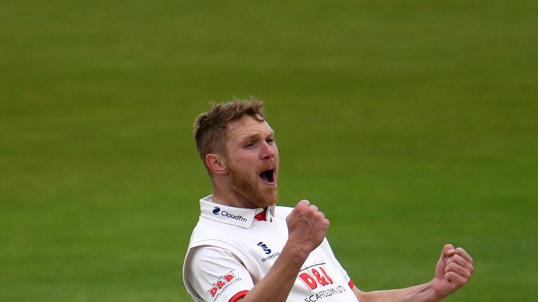 Jamie Porter took 5-51 as Essex bowled Somerset out cheaply