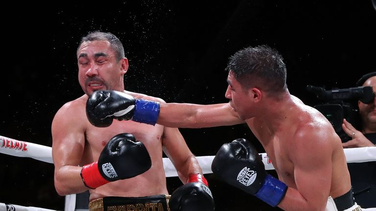 Vargas shared an entertaining battle with Soto