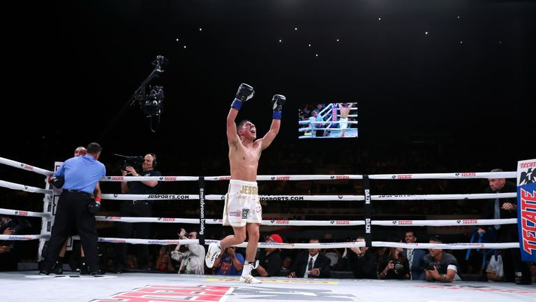 Vargas savours his win over Soto