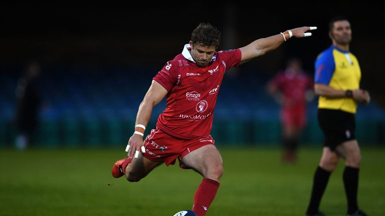 Leigh Halfpenny slotted all six conversions