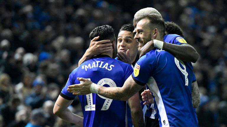 Sheffield Wednesday cruised past Nottingham Forest