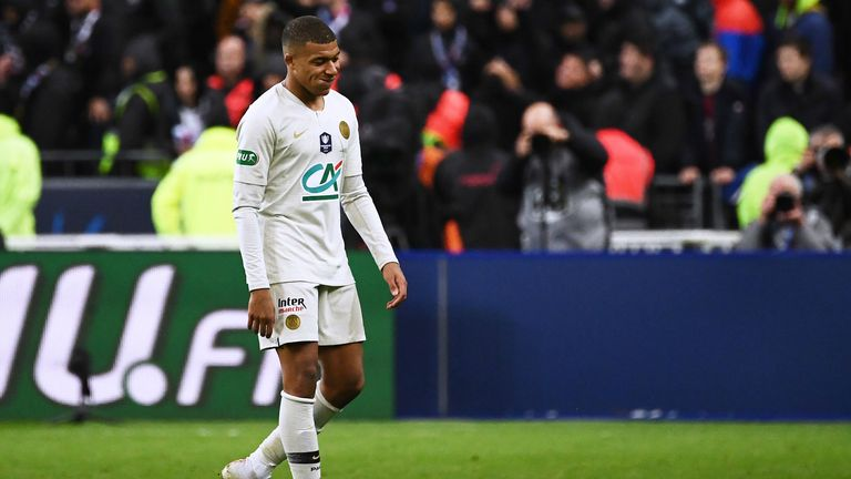 Mbappe sent off in Coupe de France final.
