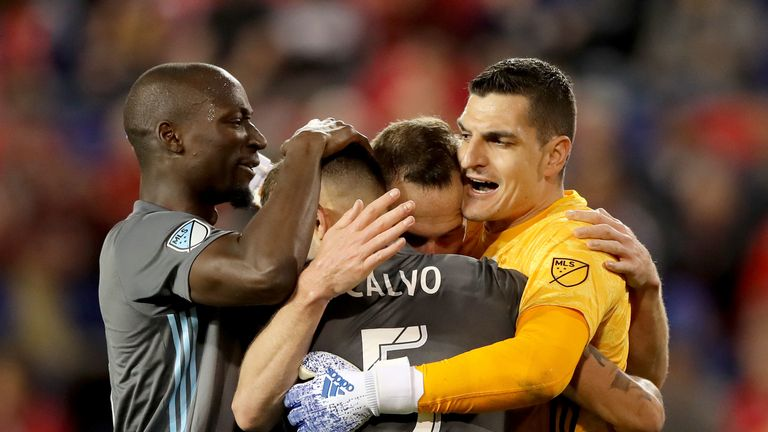 Vito Mannone celebrates Minnesota's win over New York Red Bulls