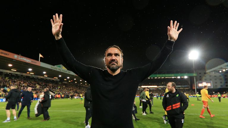 Daniel Farke salutes the Norwich fans after the final whistle