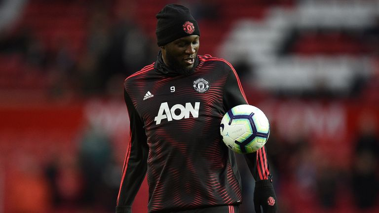 Romelu Lukaku warms up ahead of the Manchester derby