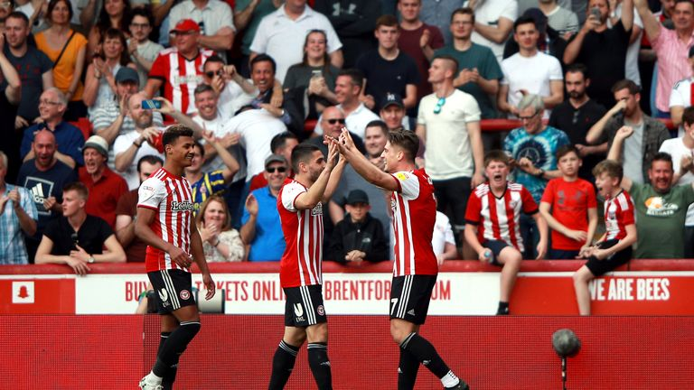 Sergi Canos celebrates scoring Brentford's second goal