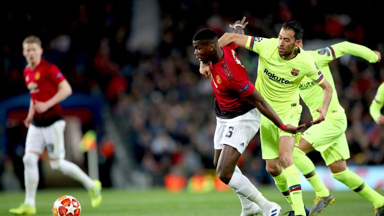 Paul Pogba and Sergio Busquets had a good battle in the middle of the park