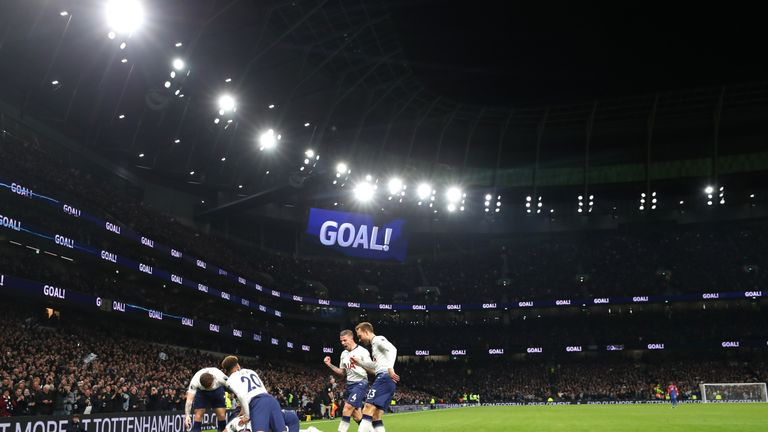 Spurs players celebrate Heung-min Son's opener