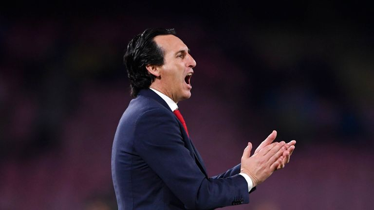 Unai Emery encourages his players during Arsenal's 1-0 Europa League win in Napoli