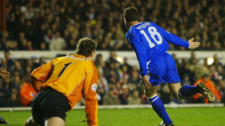 Wayne Bridge scored a late winner at Highbury as Chelsea knocked Arsenal out of the Champions League quarter-finals in 2004