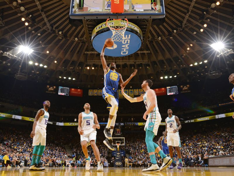4f6b4c71808 Golden State Warriors rout Charlotte Hornets to clinch fifth straight  Pacific Division crown