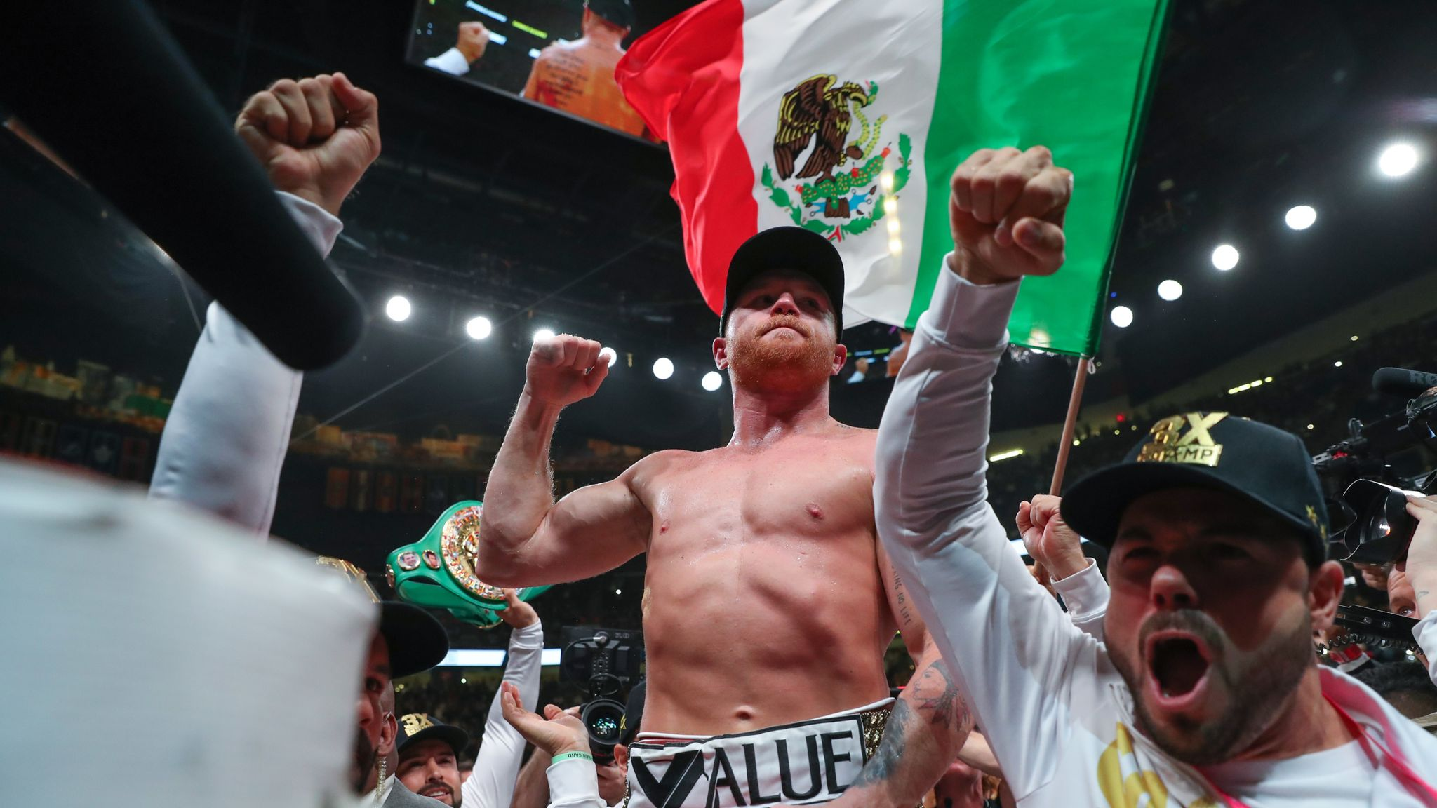Billy Joe Saunders says dream fight against Saul 'Canelo' Alvarez could scupper rival's place in history