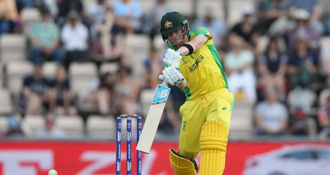 Australia's Smith blocks out jeers and warns of more runs to come