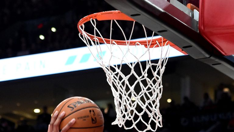 portland trail blazers outlast denver nuggets in game 3 to