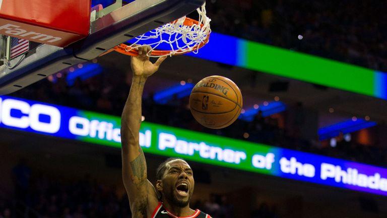 Kawhi Leonard throws down a dunk in Game 3 against Philadelphia