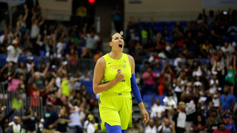 Liz Cambage in action in 2018 for the Las Vegas Aces