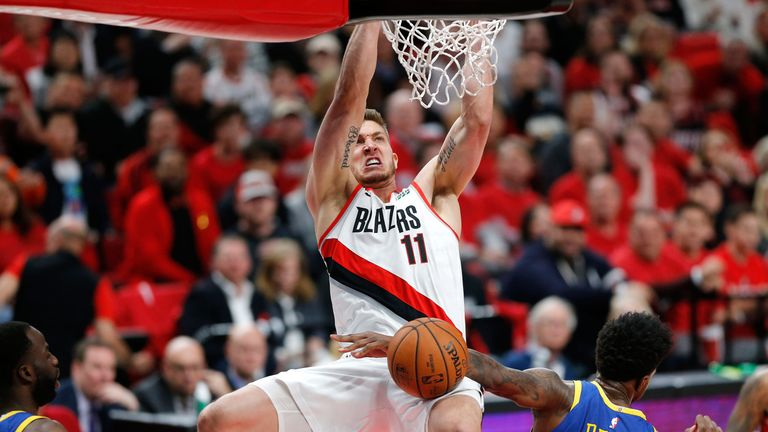 Meyers Leonard throws down a dunk in Portland's Game 4 loss to the Warriors
