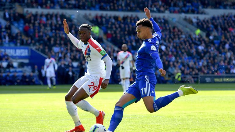 Crystal Palace's Aaron Wan-Bissaka and Cardiff's Josh Murphy battle for the ball
