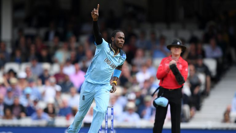 Jofra Archer took the first two wickets of South Africa's innings