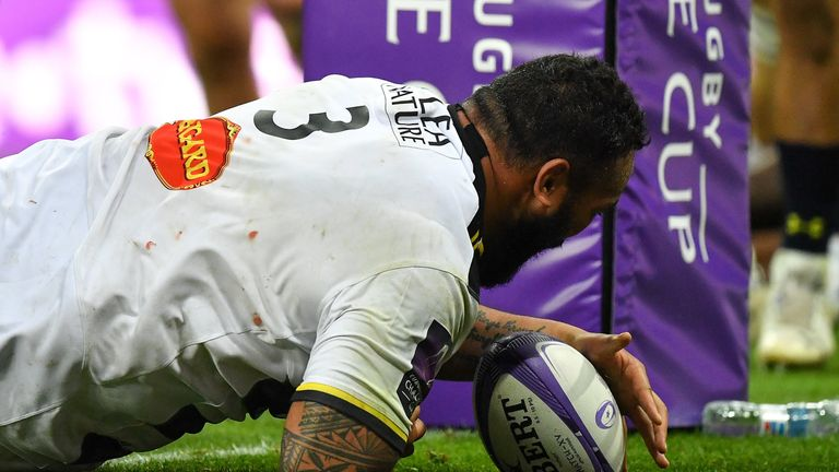 La Rochelle's quick response and Uini Atonio's try gave them hope, but there proved too much to do