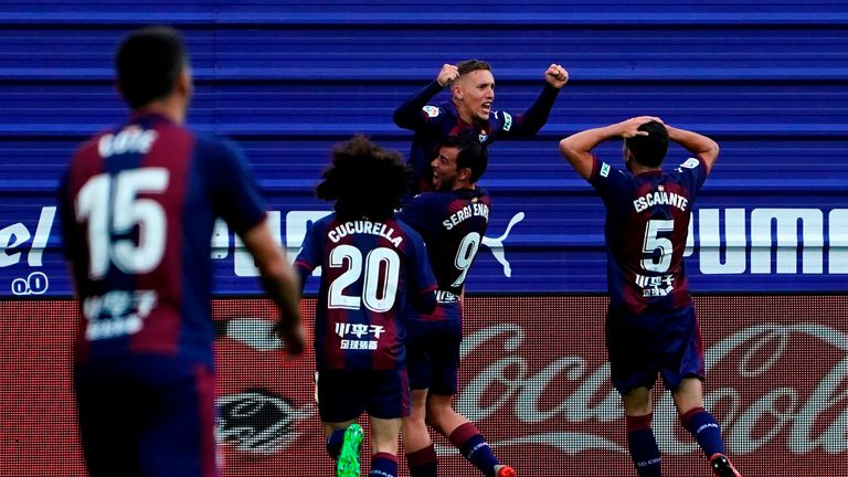 Pablo De Blasis' brilliant volley ensured Eibar grabbed a point against the La Liga champions