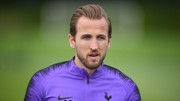 Tottenham Hotspur's English striker Harry Kane attends a team training session at Tottenham Hotspur's Enfield Training Centre, north London, on May 27, 2019 ahead of their UEFA Champions League Final football match against Liverpool. (Photo by Daniel LEAL-OLIVAS / AFP) (Photo credit should read DANIEL LEAL-OLIVAS/AFP/Getty Images)