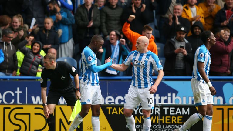 Isaac Mbenza netted his first Huddersfield goal since joining the club to level against United