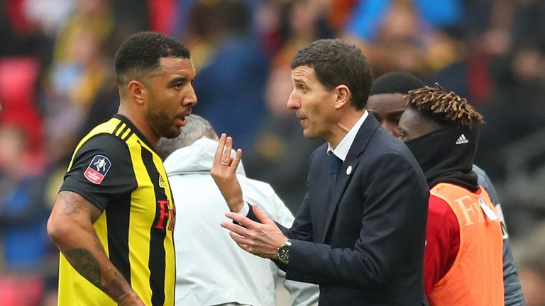 Javi Gracia, Manager of Watford and Troy Deeney of Watford in discussion during extra time in the FA Cup Semi Final match between Watford and Wolverhampton Wanderers at Wembley Stadium on April 07, 2019 in London, England.
