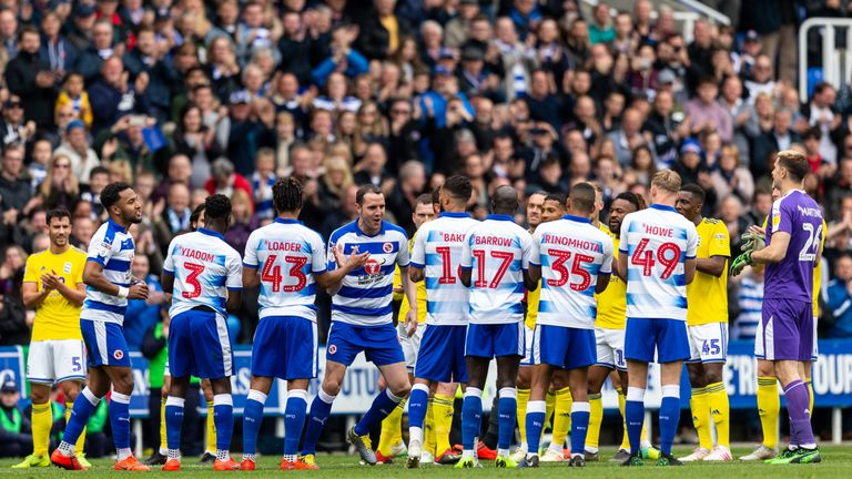 Players from Reading and Birmingham City line up in a guard of honour for John O'Shea