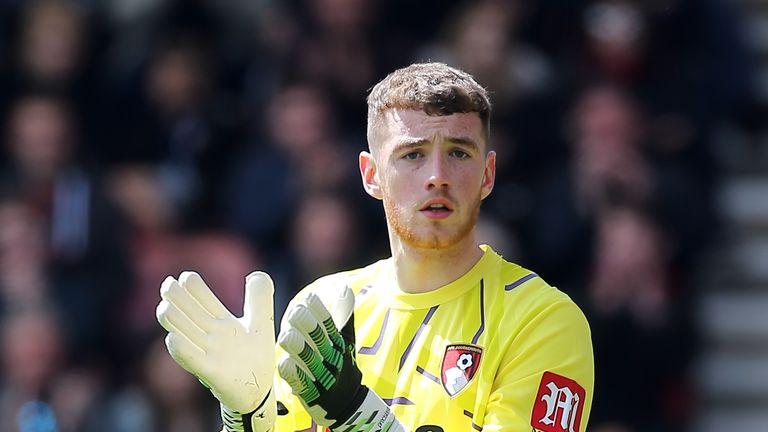 Bournemouth goalkeeper Mark Travers signs new long-term deal | Football News | Sky Sports
