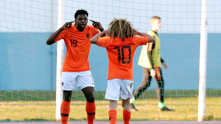 Noah Ohio has represented the Netherlands at youth level