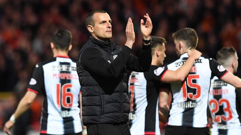 St Mirren manager Oran Kearney is still in talks with the club