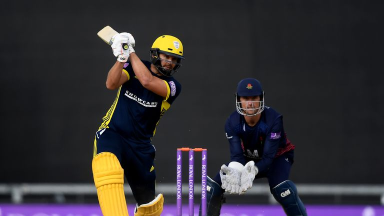 Defending champions Hampshire to face Somerset in One-Day Cup final
