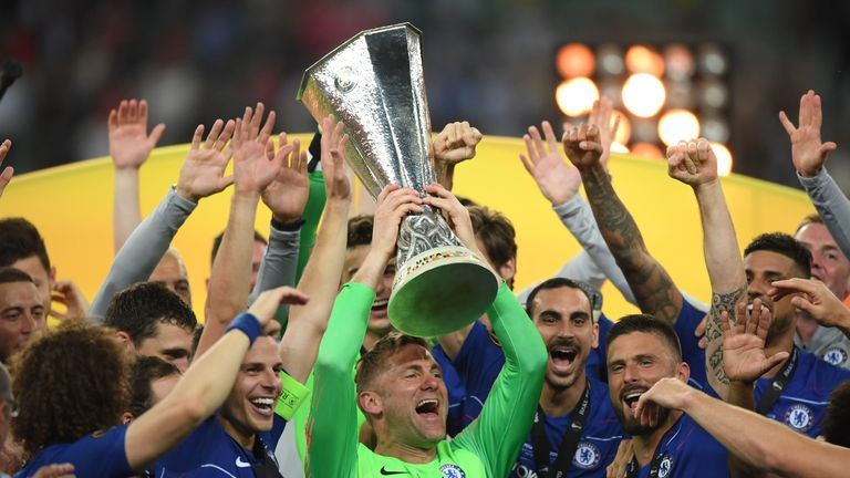 Rob Green lifted the Europa League trophy, despite not being in the Chelsea matchday squad