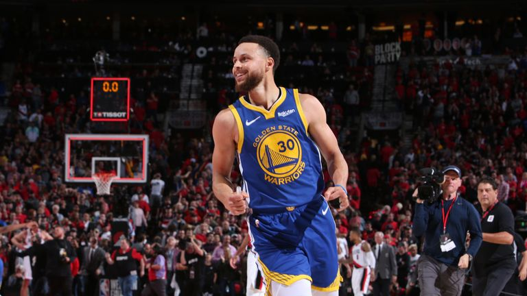 Stephen Curry celebrates as the Golden State Warriors complete a series sweep of the Portland Trail Blazers
