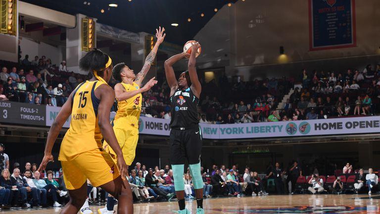 Indiana Fever rookie Teaira McCowan hits buzzer-beater against New York Liberty as WNBA season opens in dramatic fashion | NBA News |