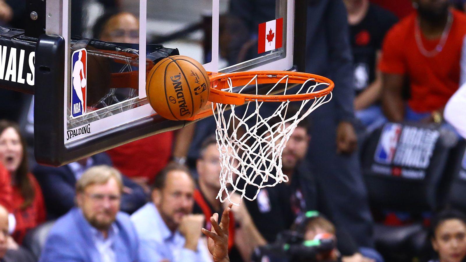 Golden State Warriors - Toronto Raptors