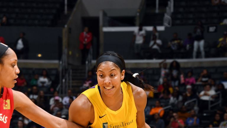 Candace Parker drives at the Las Vegas defense