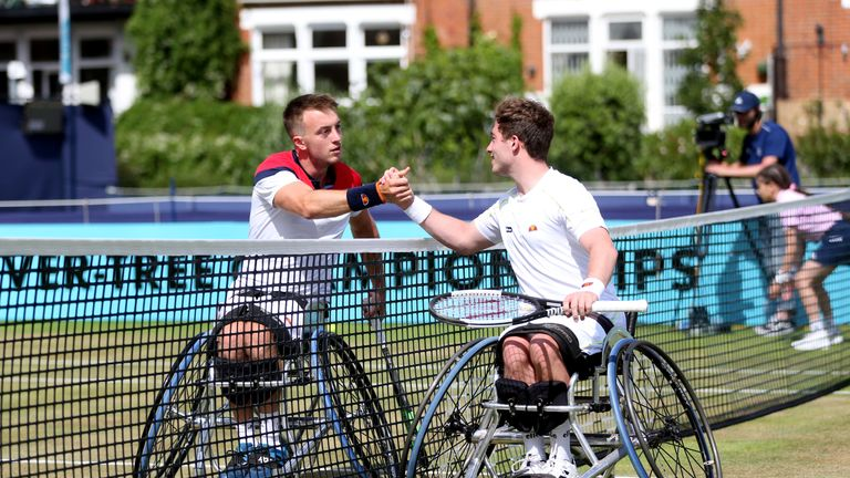 Hewett shakes hands with Dermott Bailey after his semi-final victory