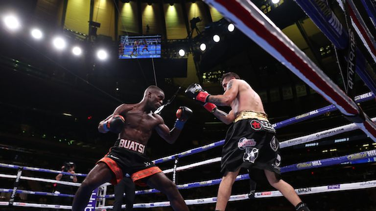 Buatsi made an aggressive start to the fight