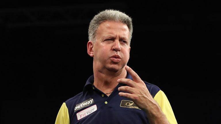 Magnus Caris will retire from professional darts following the World Cup