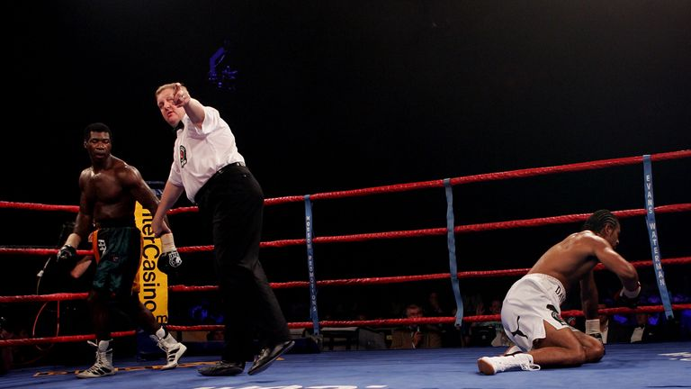 David Haye's perfect record of 10 wins, 10 KOs was ended by Carl Thompson