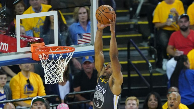 Andre Iguodala's dunk of the night for Warriors
