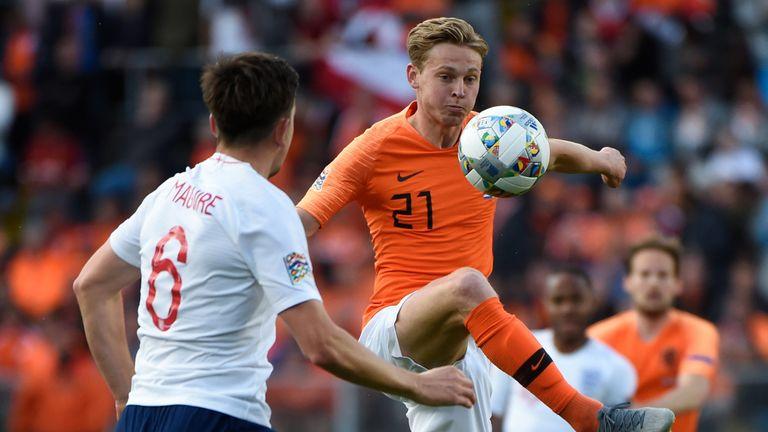 Frenkie De Jong in action for the Netherlands against England